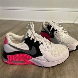 Nike Air Max Pink black and white